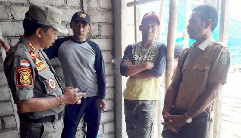 www.nusabali.com-bodong-pembangun-ruko-di-medewi-disemprit-satpol-pp