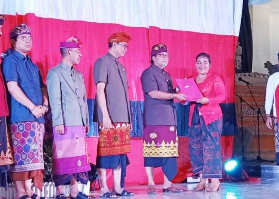 Nusabali.com - bupati-resmikan-67-bank-sampah-mandiri-se-kutsel