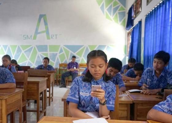 Nusabali.com - smpn-1-semarapura-terapkan-uts-online