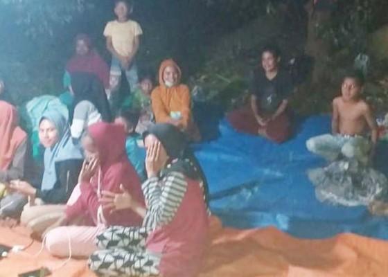 Nusabali.com - ribuan-warga-seram-barat-lari-ke-gunung