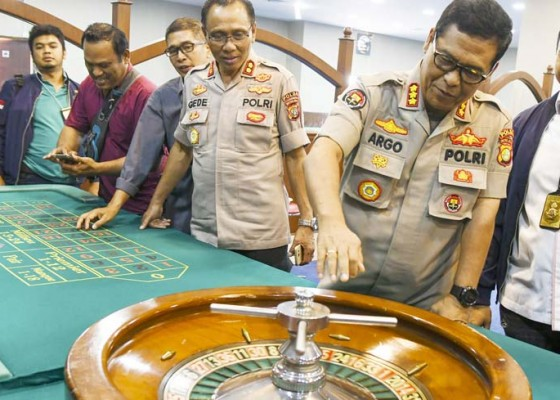 Nusabali.com - polda-metro-jaya-bongkar-kasino-terselubung