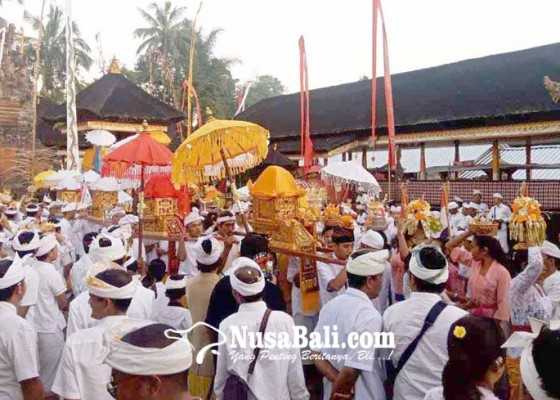 Nusabali.com - pamiyosan-jelang-usaba-kapat-di-puseh-duda