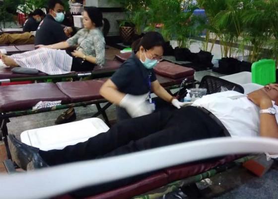 Nusabali.com - kpwbi-bali-gelar-donor-darah