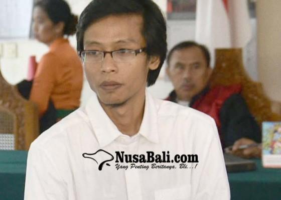 Nusabali.com - divonis-6-tahun-penganiaya-karyawati-tiara-dewata-pasrah