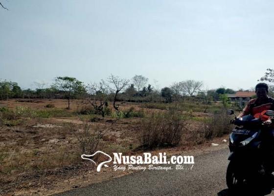 Nusabali.com - bupati-putu-artha-serahkan-ke-masyarakat-pengambengan