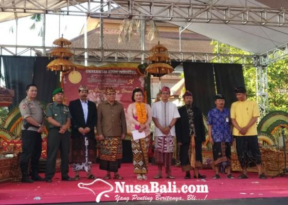 Nusabali.com - utsawa-bali-sani-kolaborasi-ilmu-pengetahuan-dan-agama