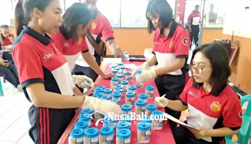 www.nusabali.com-dites-urine-satu-petugas-rutan-pakai-obat-penenang