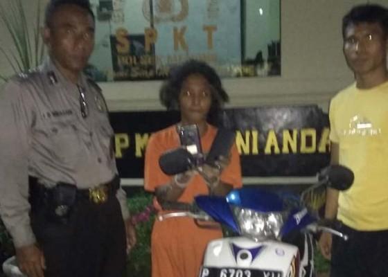Nusabali.com - curi-hp-buruh-bangunan-diringkus-polisi
