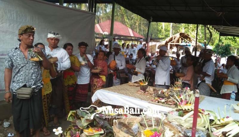 www.nusabali.com-manusa-yadnya-massal-di-pura-ratu-pasek-pundukdawa