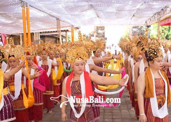 Nusabali.com - pawisik-dari-lempuyang-desa-asak-gelar-usaba-sambah