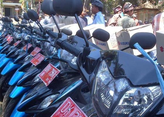 Nusabali.com - dipertanyakan-bantuan-sepeda-motor-ke-desa