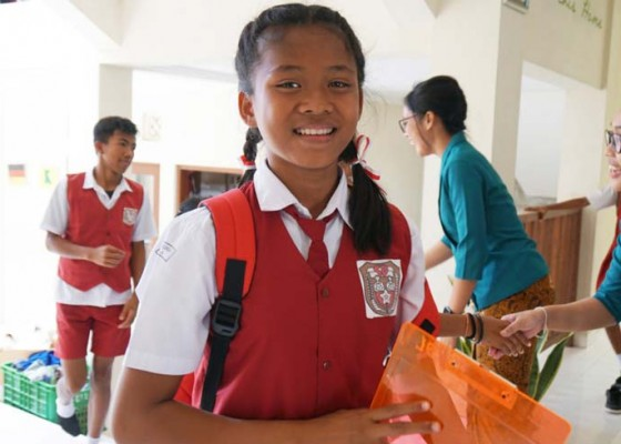 Nusabali.com - lestari-for-kids-kunjungi-yayasan-bukit-kehidupan-ungasan
