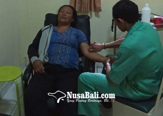 Nusabali.com - unit-pelayanan-kesehatan-tradisional-rsud-bangli-dapat-respons-masyarakat