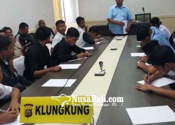 Nusabali.com - dua-kelompok-pelajar-nyaris-bentrok-berakhir-damai