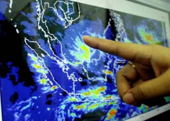 Nusabali.com - masuki-peralihan-kemarau-ke-hujan
