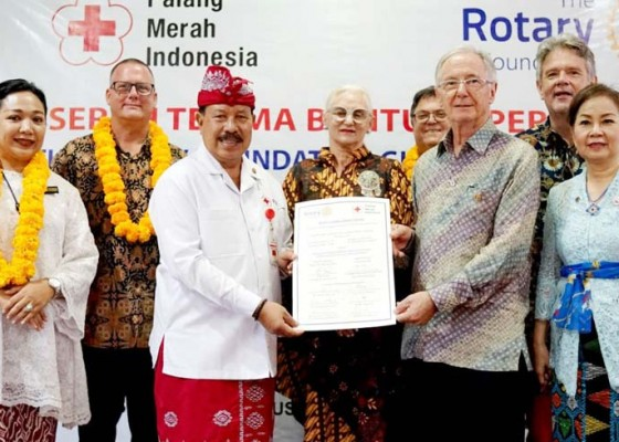 Nusabali.com - utd-pmi-bali-terima-bantuan-alat-medis-rotary-senilai-rp-25-miliar