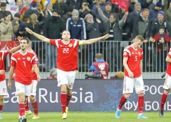 Nusabali.com - rusia-dan-polandia-ke-euro-2020