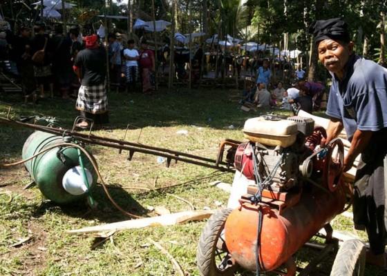 Nusabali.com - sudah-bakar-310-mayat-dimulai-dari-jenazah-sang-ayah
