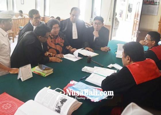 Nusabali.com - sudikerta-dan-saksi-debat-soal-pertemuan