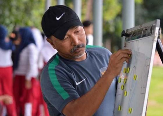 Nusabali.com - timnas-u19-tiba-di-surabaya