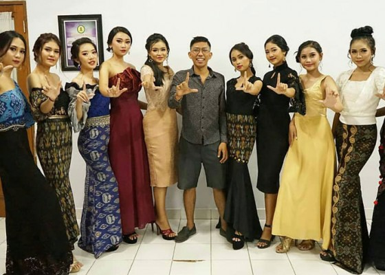 Nusabali.com - belajar-modelling-di-luh-muani-academy