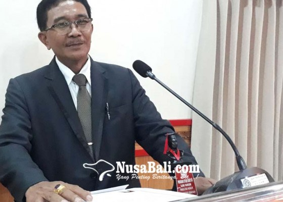 Nusabali.com - doktor-ke-37-di-fh-unud-oka-parwata-raih-predikat-cumlaude