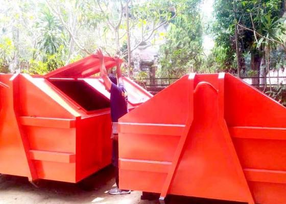 Nusabali.com - dlh-tambah-4-unit-loadhold