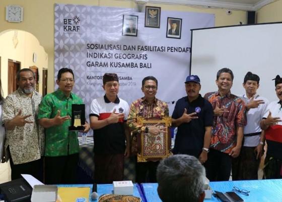 Nusabali.com - sertifikasi-indikasi-geografis-potensial-tingkatkan-harga-garam-kusamba
