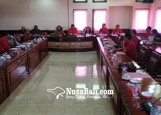 Nusabali.com - dprd-soroti-penurunan-target-pad-2020