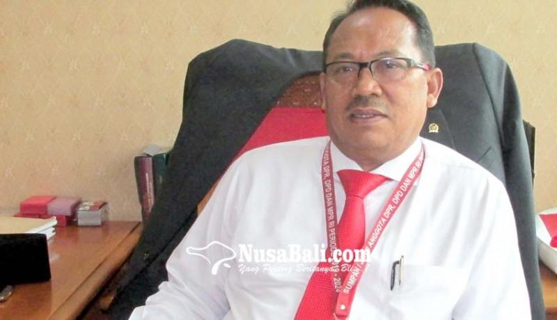 www.nusabali.com-urip-menunggu-penugasan-partai