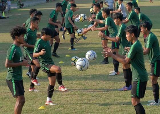 Nusabali.com - timnas-u-19-pilih-pemain-definitif