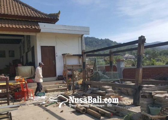 Nusabali.com - angin-kencang-juga-rusak-rumah-milik-25-kk-di-buahan-kintamani