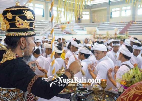 Nusabali.com - 4-sulinggih-muput-matatah-massal