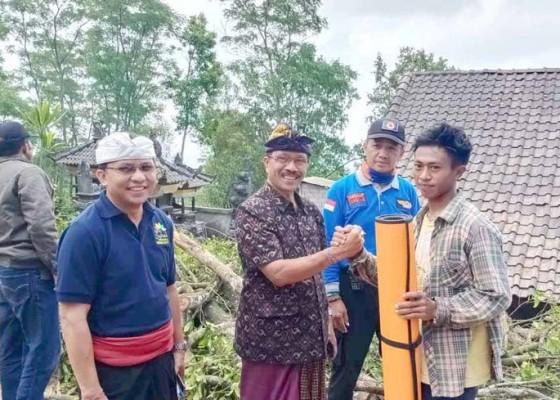 Nusabali.com - puting-beliung-terjang-3-rumah-di-besakih