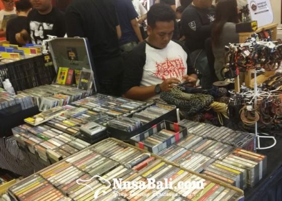 Nusabali.com - cassette-store-day-bali-surganya-penikmat-musik-lawas