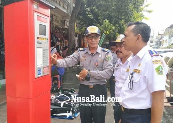Nusabali.com - ditarget-retribusi-parkir-rp-55-miliar-dishub-tabanan-baru-capai-84-persen