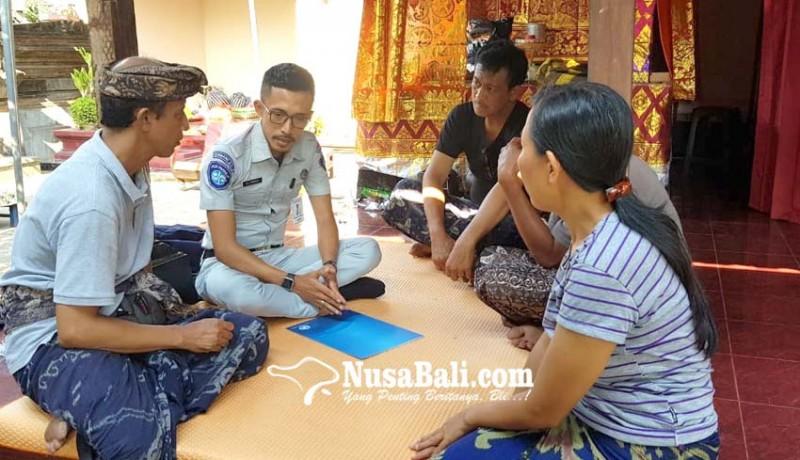 www.nusabali.com-siswa-smp-korban-lakalantas-terima-santunan