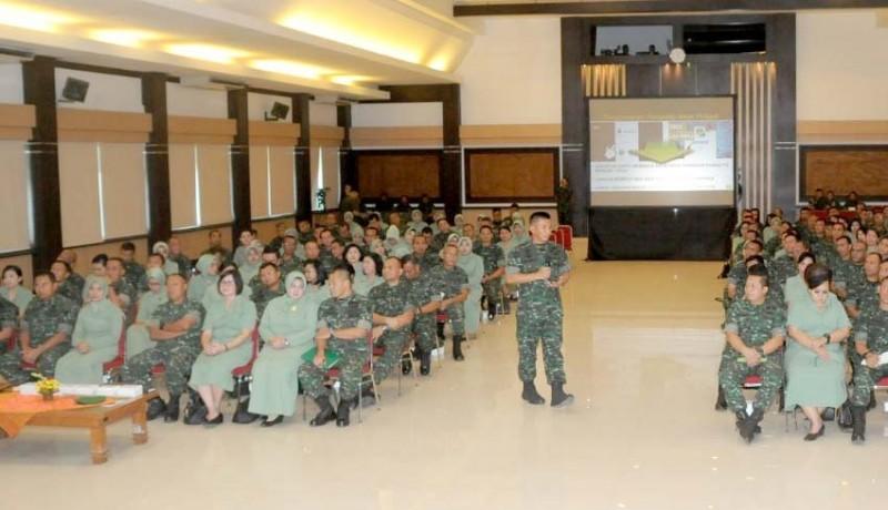 www.nusabali.com-pangdam-briefing-para-komandan-jajaran-kodam-ix