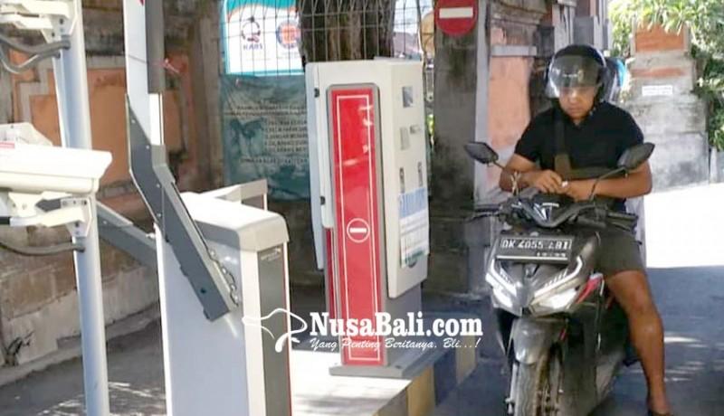 www.nusabali.com-rsud-wangaya-terapkan-parkir-progresif-terbatas