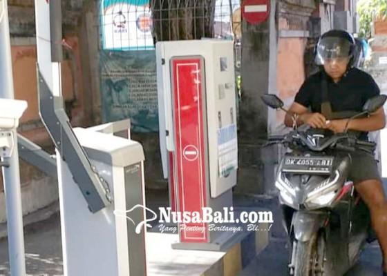Nusabali.com - rsud-wangaya-terapkan-parkir-progresif-terbatas