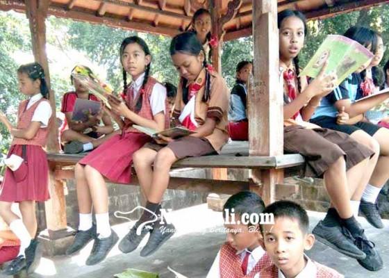 Nusabali.com - perayaan-bulan-bahasa-di-sdn-1-karangasem