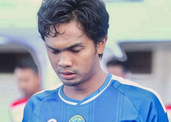 Nusabali.com - tendang-lawan-intimidasi-wartawan