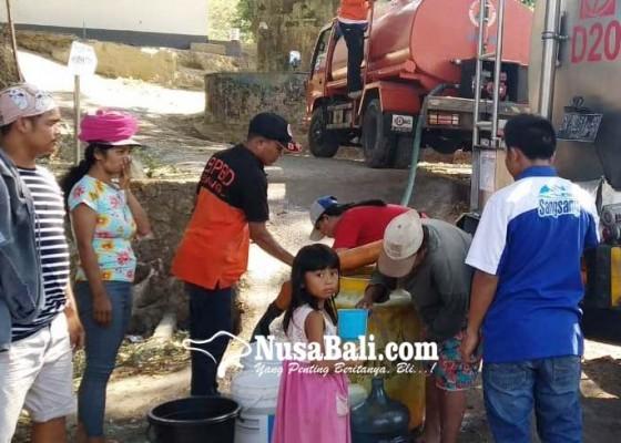 Nusabali.com - krama-kutuh-kesulitan-air-bersih