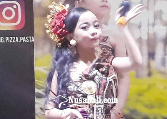 Nusabali.com - chika-rilis-di-beten-langit-bali