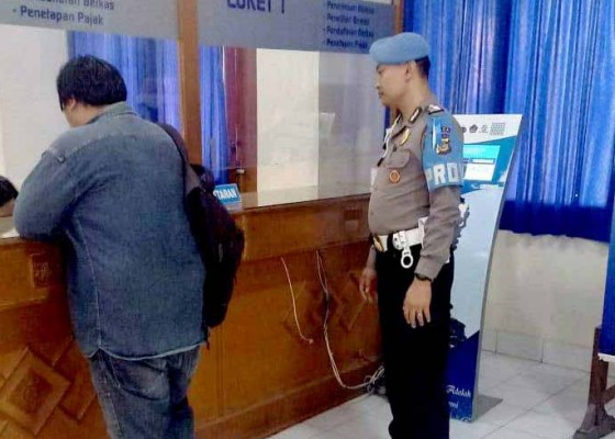 Nusabali.com - cegah-pungli-propam-awasi-loket-pelayanan-publik