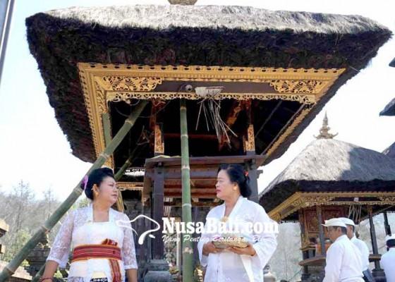 Nusabali.com - bupati-cek-bangunan-roboh-di-besakih