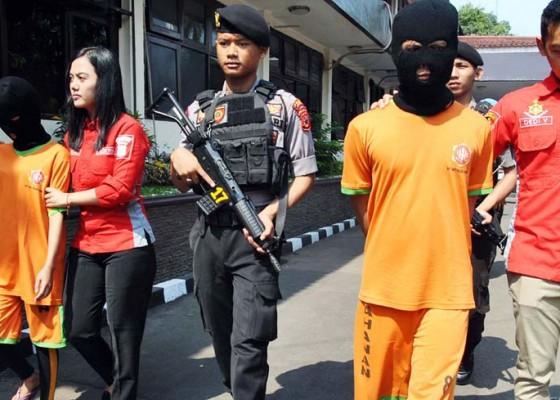 Nusabali.com - diungkap-prostitusi-online-bertarif-puluhan-juta