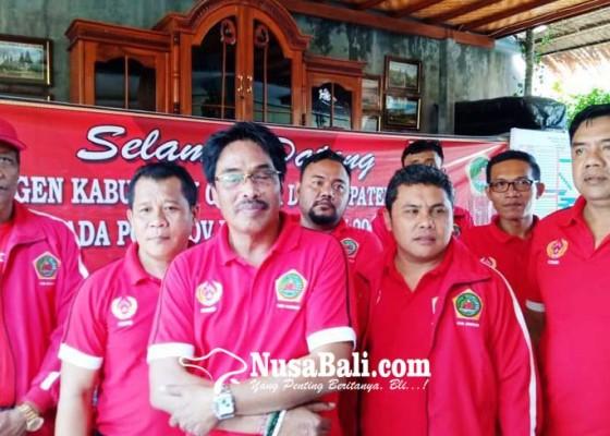 Nusabali.com - gianyar-bagikan-bonus-rp-75-m