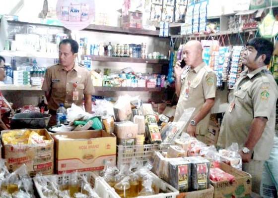 Nusabali.com - seluruh-pasar-umum-di-jembrana-ditarget-terapkan-e-retribusi-di-2020