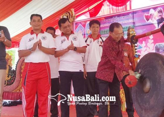 Nusabali.com - hut-ke-69-sman-1-singaraja-dikado-koster-gedung-rp-4-miliar